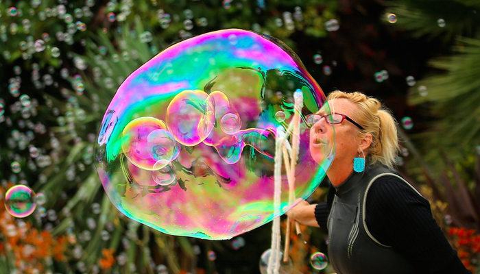 Stop focusing on the bitcoin bubble