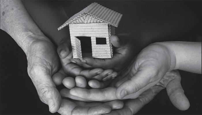 Izshēmota alimentu parāda dēļ ģimene zaudē dzīvokli