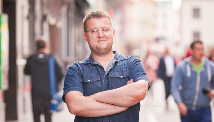 Krievijas pilsonis Aleksandrs par dzīvi Latvijā ir sajūsmā